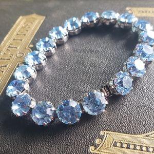 Light Blue Weiss Rhinestone Bracelet